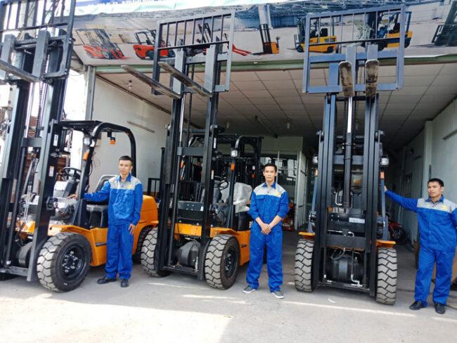 Cho thuê xe nâng Bình Tân